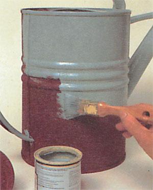 Pinte a cor base com tinta látex