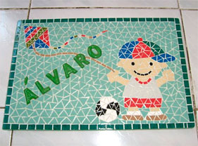 Quadro decorativo em mosaico de Shirley Aquino