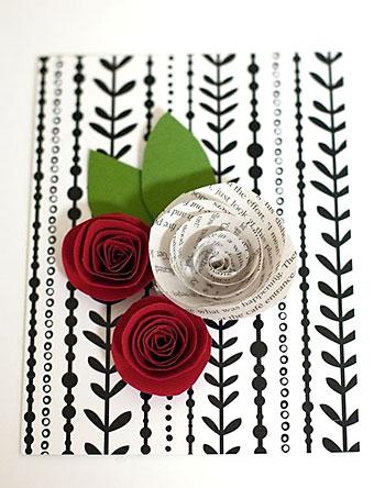 Cartão decorado com rosas de papel, para presentear