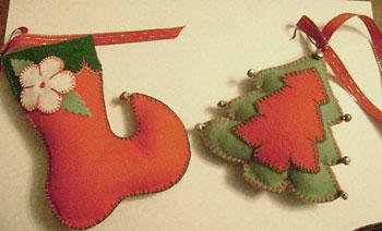 Enfeites tradicionais de natal feitos com feltro
