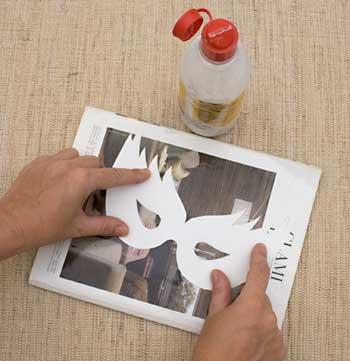 Imprima o molde e cole numa capa de revista