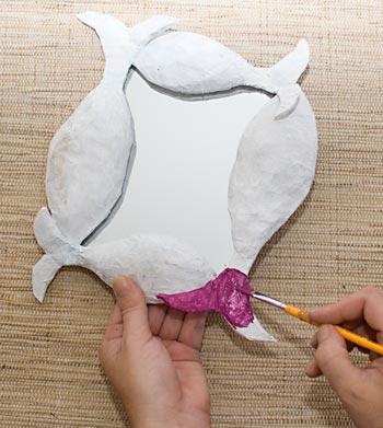 Pinte a sua figura com tinta a base de água