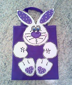 Embalagem de páscoa decorada com EVA