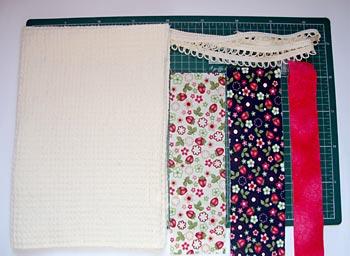 Separe os tecidos para fazer o pano e copa