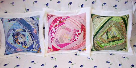 Almofadas em técnica do patchwork Crazy