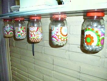 Potinhos organizadores decorados e reciclados