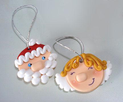 Enfeites para árvore de natal em Biscuit: Papai Noel e anjinho