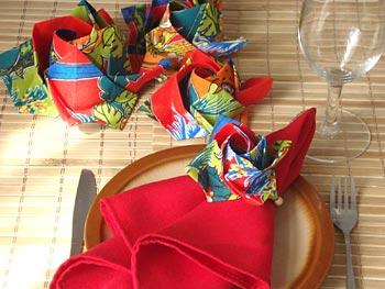 Porta-guardanapos em origami de tecido