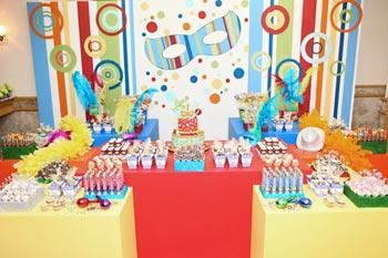 Festa infantil com tema de carnaval