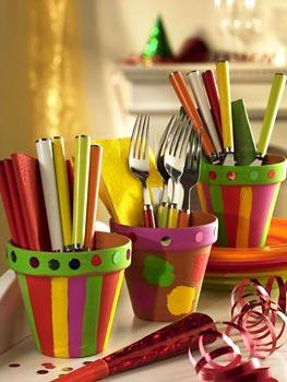 Vasinhos coloridos pra guardar os talheres