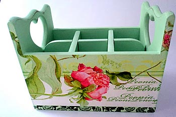 Pintura e decupagem para decorar caixote