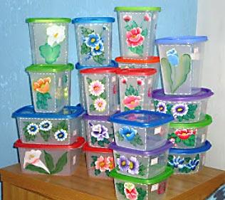 Potes plásticos personalizados com pintura