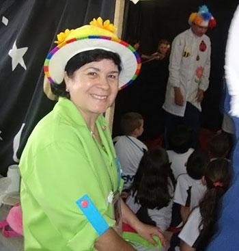 Juçara Vistuba, colaboradora da Vila do Artesão