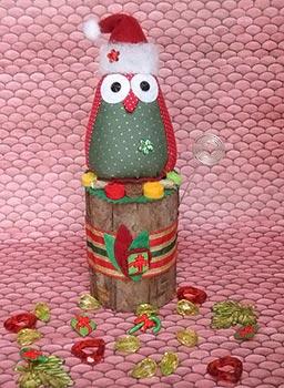 Corujinha noel enfeitando o Natal