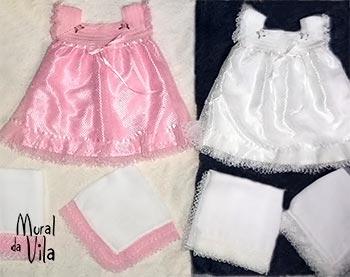 Tramas de renda turca nas roupas de bebê