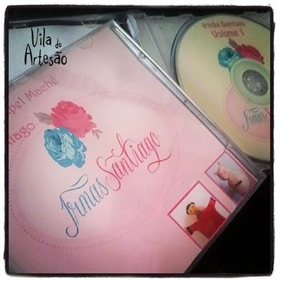 Dois volumes de apostila em CD