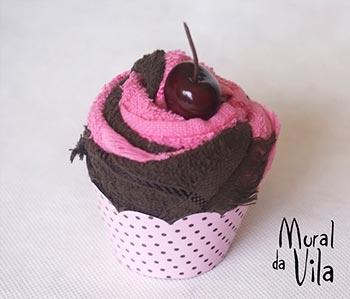 Cupcake de toalha para lembrancinhas