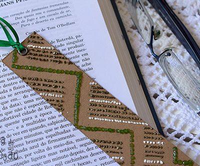 Marcador de páginas decorado