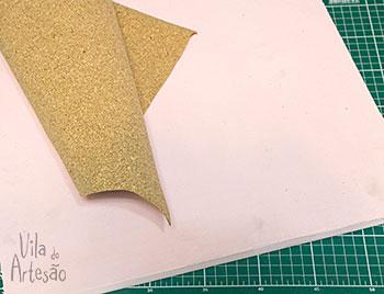 Material para um quadro de bijus