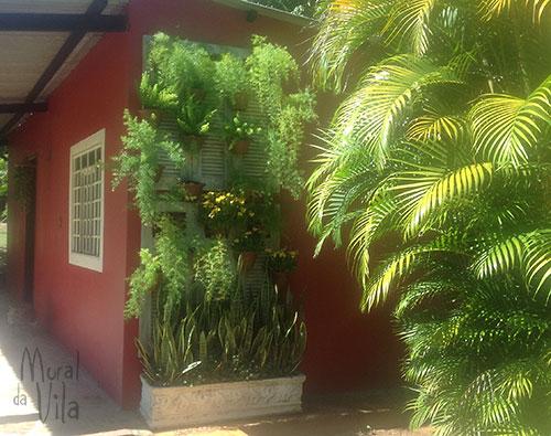 Painel para jardim com artesanato