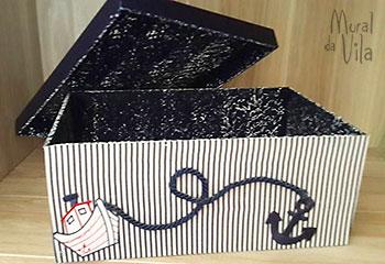 Apliques de fios e tecido na caixa de mdf