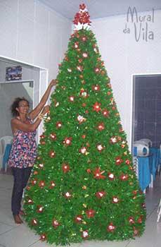 Natal com reciclagem na árvore