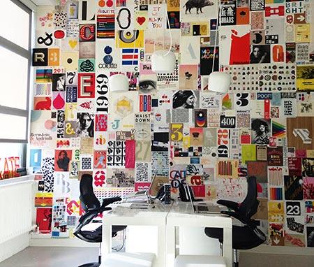 Parede de escritório revestido com revistas
