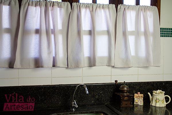 Janela e cortinas antes do varal