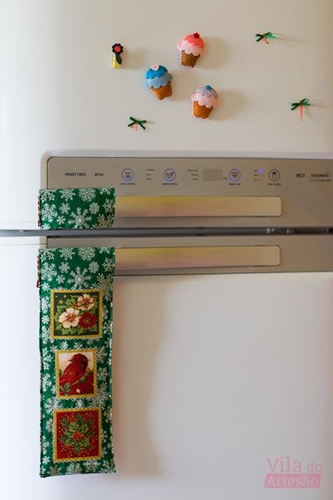 Pegador de geladeira com patchwork de natal