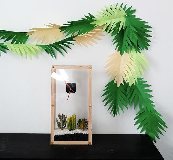 Guirlanda de folhas tropicais em papel