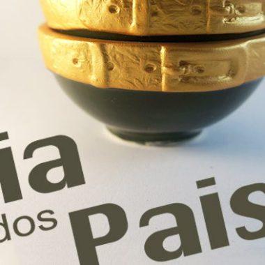 cropped-mural_dia_dos_pais.jpg