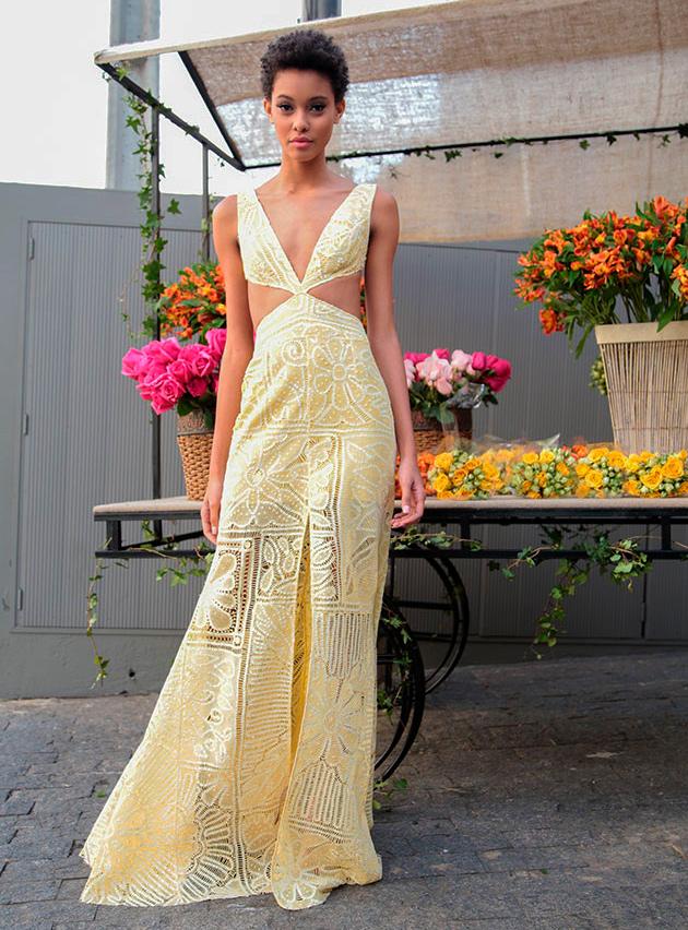 Belíssimos vestidos em renda renascença, você pode encomendar