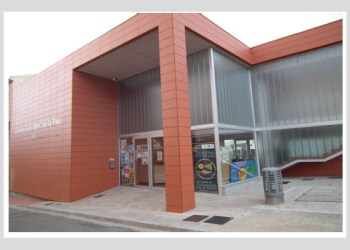 Centre Civic la Pau entrada 2 V02