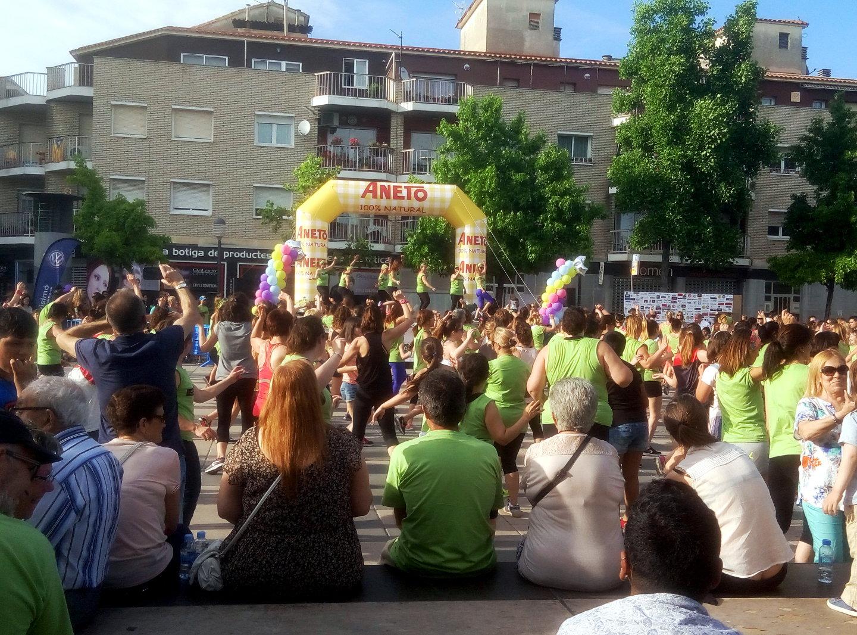Zumba solidaria a Cal Font juny 2016 web