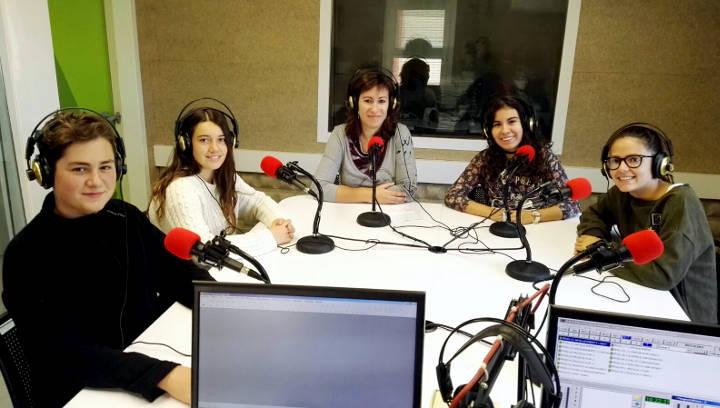 Lorena Marin Albert Sanchez Marta Tapiolas Berta Lluis i la professora Marga Gual (1)