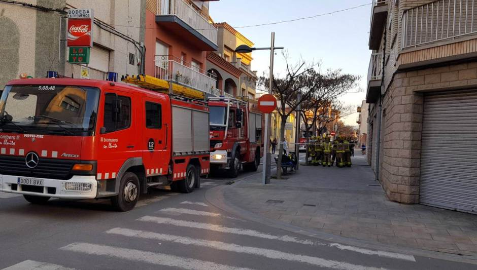 incendi vehicle carrer santa llucia (1)-v11