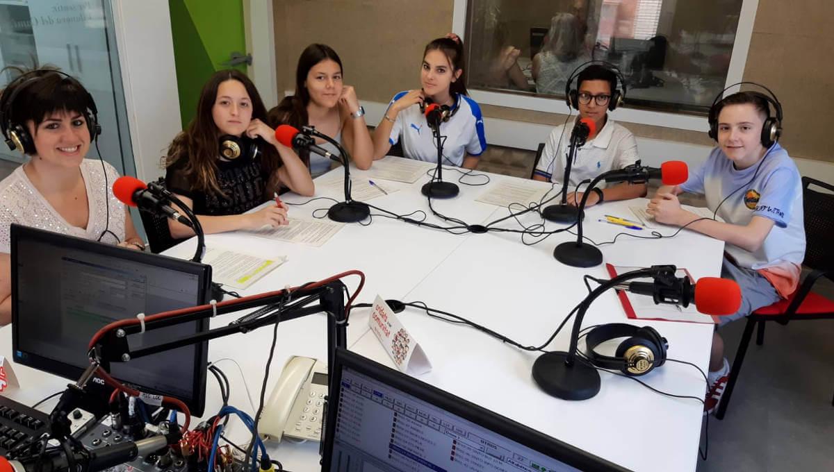 alumnes optativa periodisme 3r ESO institut pla de les moreres (2)-1200