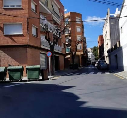AVÍS   Les obres del pas elevat de Rafael de Casanovas obligaran a tallar el trànsit i a desplaçar la parada del bus