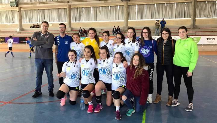 Equip infantil de l'handbol Vilanova   març 2019