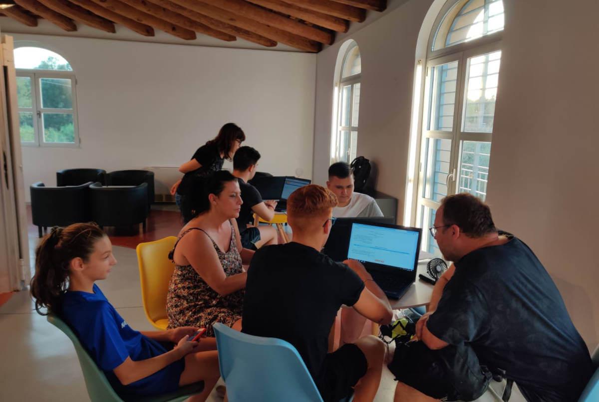taller de beques Espai Jove (4)