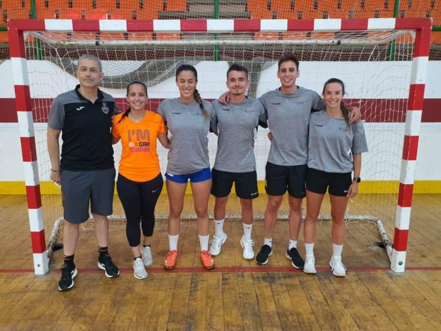 Nuria Martos Amaro equip arbitres Foto Federacio Catalana Handbol