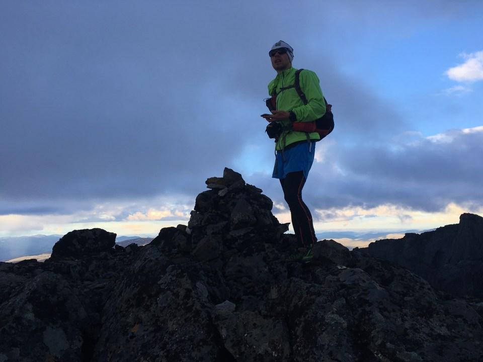 Toppen av Sarektjåkkås sydtopp