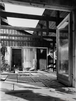 Atrium pihan laatoitus