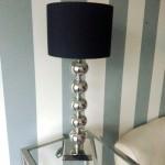 lampa stojąca zkulami