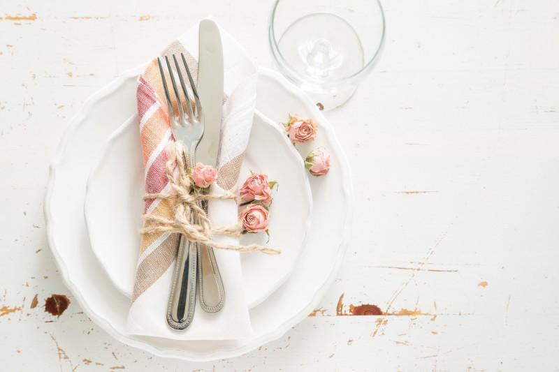 dekoracja stołu w stylu rustykalnym