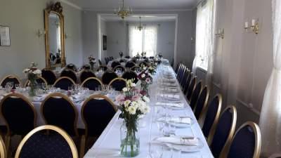 Dekket bord 90 personer villa elverhøy_
