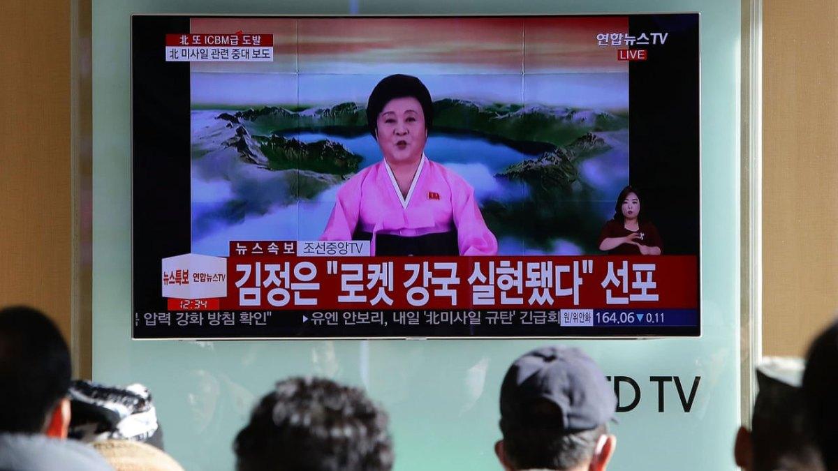 北韓當家女主播退役、溫馨劇目推出、新聞增加現場感…北韓電視怎麼了?