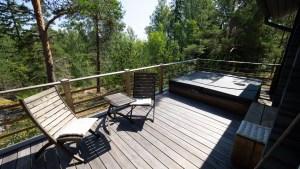 Sauna terrace with jacuzzi.