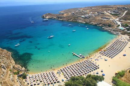 The emerald waters of Super Paradise beach in Mykonos