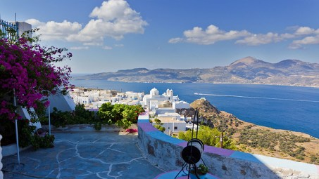 The amazing view from Plaka in Milos